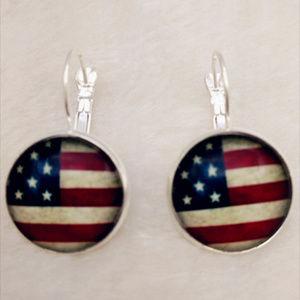 AMERICAN FLAG EARRINGS - 4th of July Jewelry